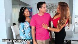 Monica Asis y Alessandra Miller en trío